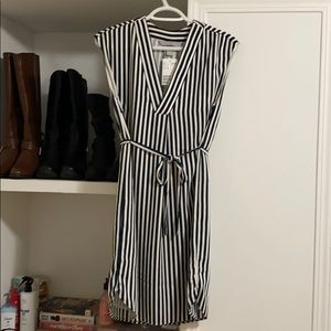 H&M Striped Dress 🌸 2 for $30 🌸